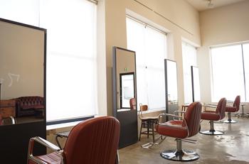 福山市の美容室【Molton.HairDesign】は一人一人丁寧に施術を行います~カットの技術に自信あり!~