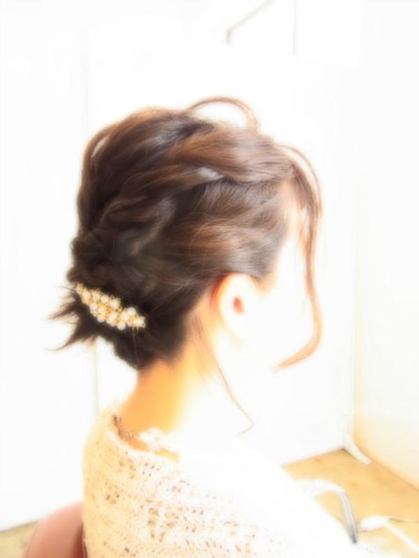 結婚式☆パーティー☆ヘアアレンジ☆ミディアムUPヘアスタイル☆のサムネイル