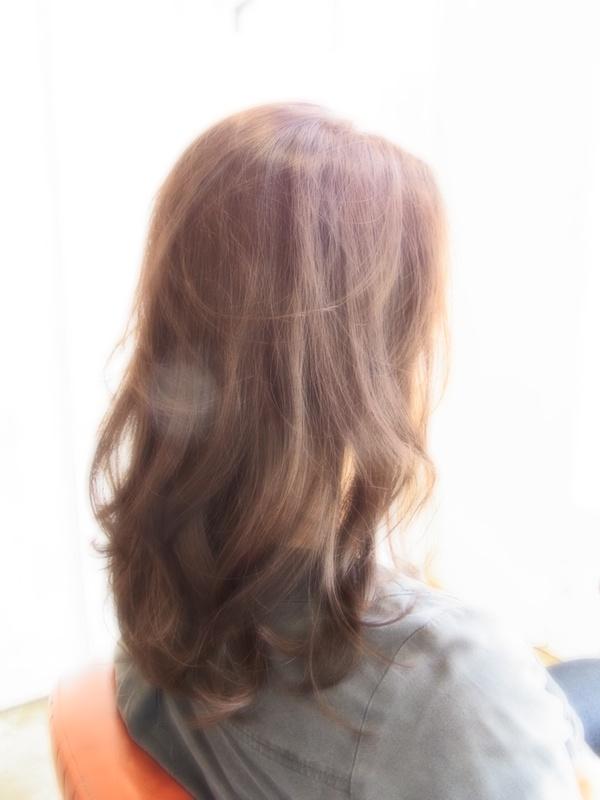 スタイリング簡単プレミアムスーパーカット☆上品MIX巻きセミディ☆ヘアスタイル☆のサムネイル