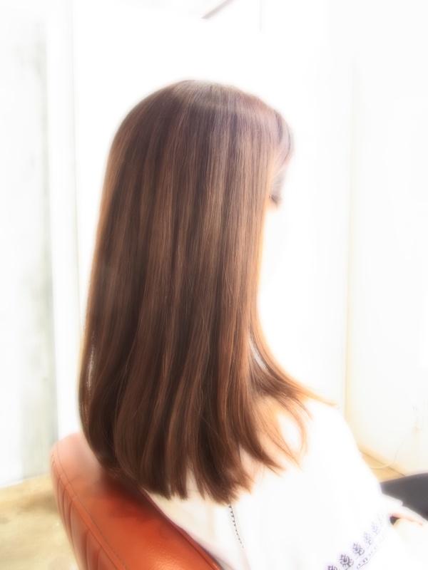 スタイリング簡単プレミアムスーパーカット☆☆☆☆☆&上品セミロング☆ヘアスタイル☆のサムネイル