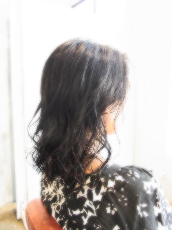 ボンジュール!ミディアムパーマ☆ヘアスタイル