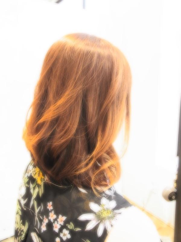 スタイリング簡単プレミアムスーパーカット☆☆☆☆☆&外巻きミディアムヘアスタイル☆のサムネイル