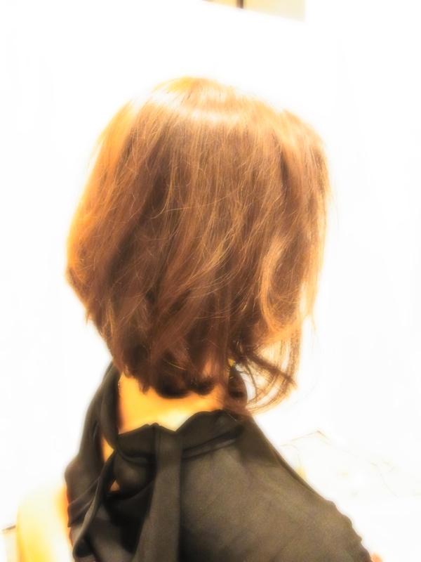 ボンジュール☆外巻きミディアムBOBヘアスタイル☆