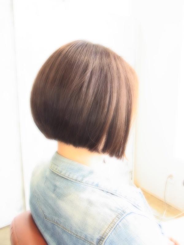 ボンジュール!フェミカジュアル前下がりBOB☆ヘアスタイル☆